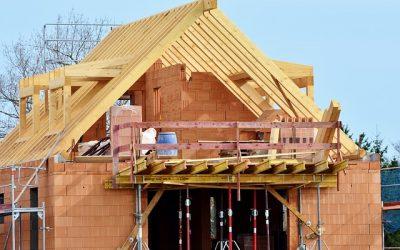 Quels sont les artisans qui interviennent dans des travaux de construction d'une maison ?